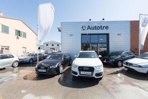 Piazzale esterno nuovo usato Audi Volkswagen a Grosseto e provincia